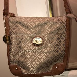 NWOT Tommy Hilfiger crossbody bag